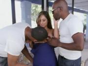 Chesty Boss Reena Sky Blows Black Handymen