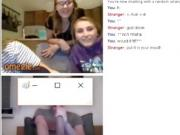 Three Teens Boobs flash on Omegle - Jucycam
