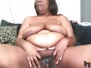 American black BBW granny fucks old hairy twat
