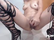 Colombian Hottie in Leather Leggings & Heels Loves Squirting