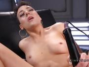 Trimmed cunt babe solo fucking machine