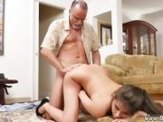 Mature anal facial Chillin with a steaming Tamale!