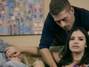 Hot Teen Violet Starr Has Oral Sex With Hung Stepbrother