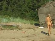 Blonde big ass anal fucked xxx Linda gets bare on the beach