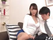 Asian cutie gets clitoris stimulated by vibrator before cam