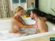 Masseuse Daisy Gives Head And Pounds In Bathroom
