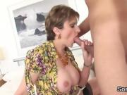 Unfaithful british mature lady sonia displays her big boobies