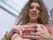 Canadian milf Janice needs getting off urgently