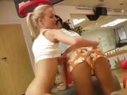 Amateur milf dildo Cindy and Amber nailing each other in the