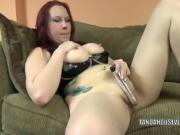 Busty MILF Lia Shayde fucks her twat with a silver dildo