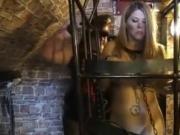Lezbian cage games