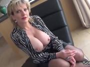 Adulterous uk milf lady sonia flaunts her giant balloons
