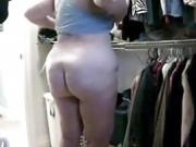 Fat Mature zeigt wiederholt ihren Big Fat Ass