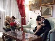 Italian porn video vintage - Anal party in Milan - 3