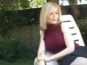 Lovely cougar Nina Hartley shows you what she can do