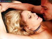 Famous MILF Julia Ann kinky hardcore session with Toni Ribas