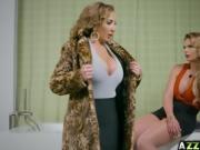 MILF Phoenix Marie n Richelle Ryan lesbian anal fuck