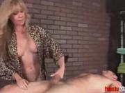 Driven chick for dick massages