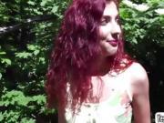 Shona River begs for an outdoor sex
