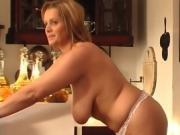 Babes Shower Showing Off And Take It Off In The Kitchen