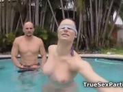 Foursome bikini fuck party in pool