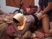 Arab muslim girl webcam hijab and arab virgin virginity sex