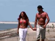 Romantic walk by the beach turns into a hardcore fuck