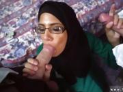 Hot arab big tit milf Desperate Arab Woman Fucks For Money