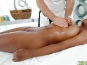 Masseuse Chad White feeds Daya Knight his cock