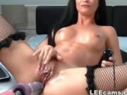 Mature milf masturbation with machine dildo