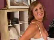 naughty-hotties - Lusty-mature-bimbo-has-both-of-her-hole