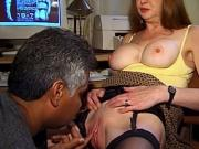 Smokin' red haired cougar's pussy is hammered