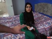 Nerdy Arab girl gets pussy banged on bed