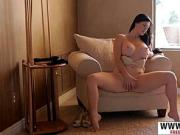 Great Mother Licious Gia Gives Handjob Sweet Hot Bud