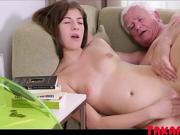 Young Teen Girl gets Fucked From a Old Grandpa
