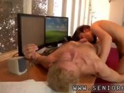 Old korean and old man love fuck But Anna is decided to keep