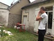 Zhelia se fait defoncer le cul par un petit jeune