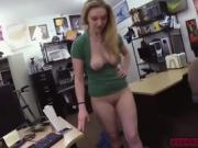 One horny pawn man enjoys blowjob in the office for cash