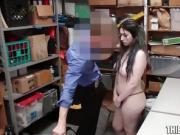 Hot Thief Amilia Onyx Identified & Fucked By Officer Stepdad