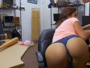 Pretty woman pounded by horny pawn dude