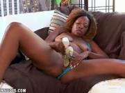 The stunning Sexy Jazzy loveto play with her dildo