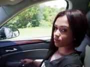 Stranded Tiffany Nunez fucked right in the car