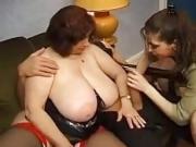 FRENCH MATURE 12 anal bbw mom milf et un homme plus jeune