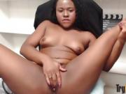 Young ebony chick Charlie Rae who loves to show off