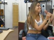Amateur babe sells stuffs and ripped by nasty pawn man