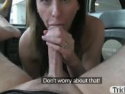 Amateur housewife fucked by fraud driver for a free fare