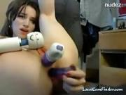Pretty Web Camera Chick Triple Sex Toy Play