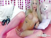 Blonde Doll Rubs Her Shaved Pink Vagina on The Online Cam