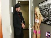 Randy Minor Uma Jolie Teases And Sexual Intercourse Her Stepdads Employee