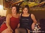 Beginner Lesbians Suck And Finger